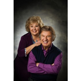 [이벤트30%]Bill & Gloria Gaither - The Longer I Serve Him (수입CD)